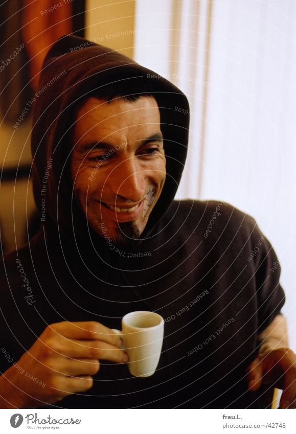 Man Hand Joy Face Laughter Happiness Drinking T-shirt Coffee Café Facial hair Cup Hooded (clothing) Optimism Espresso Portrait photograph