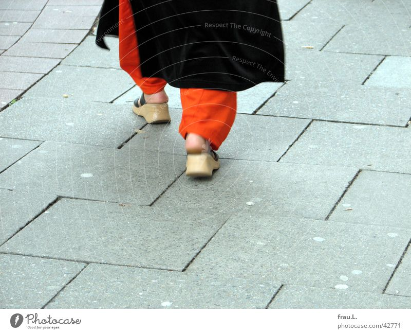 Woman Human being Islam Feet Orange Footwear Going Clothing Sidewalk Moslem Lanes & trails