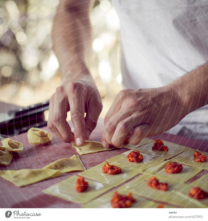 Hand Food To enjoy Cooking & Baking Kitchen Gastronomy Baked goods Noodles Dough Production Self-made Slow food Filling Tortellini