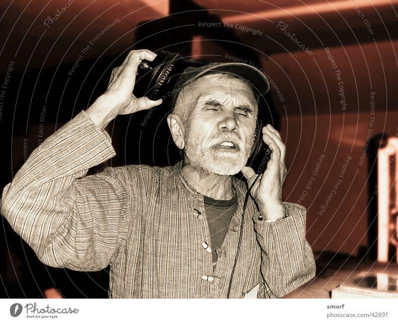 Man Music Closed Lie Club Disc jockey Headphones Hip-hop Song Recitative Koblenz