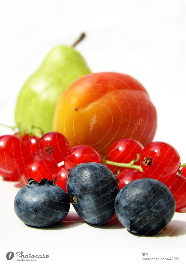Green Blue Red Summer Healthy Fruit Berries Wellness Violet To enjoy Vitamin Pear Crunchy Blueberry Apricot Redcurrant