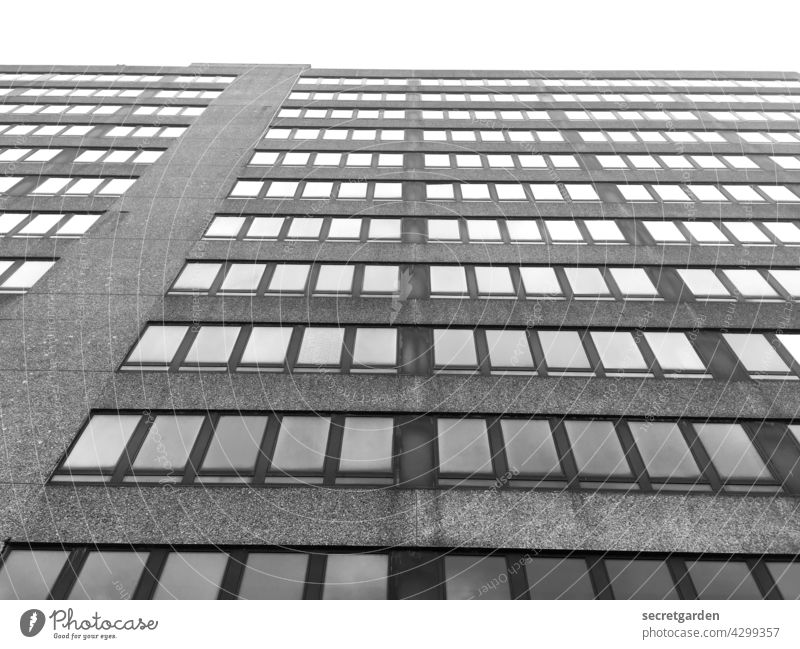 Sky-high perspective (1) High-rise Facade Black & white photo Minimalistic Tall Window Office building Gloomy Architecture boringly Old building Building Modern