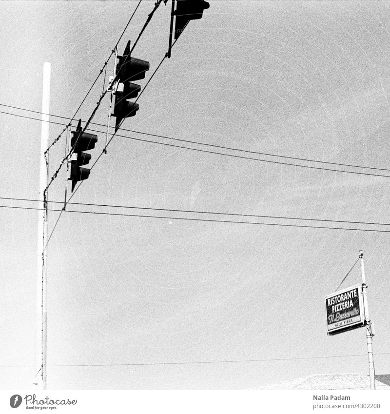 On to the pizza Analog Analogue photo B/W Black & white photo black-and-white Traffic light Pole sign pizzeria ristorante Cables Italy South Exterior shot