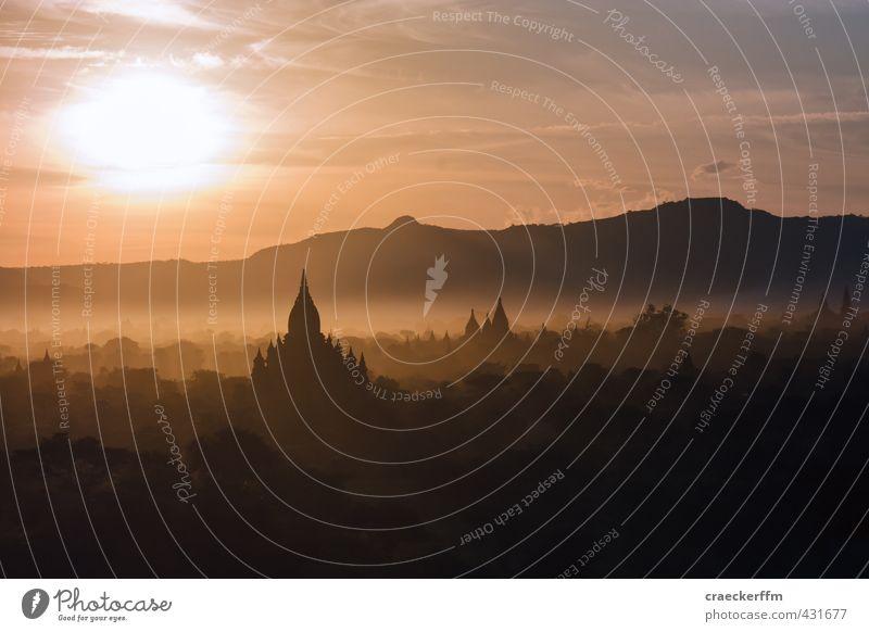 Bagan Sunrise Nature Landscape Sunlight Fog Forest Hill Esthetic Orange Joie de vivre (Vitality) Calm Authentic Wanderlust Serene Idyll Infinity Colour photo