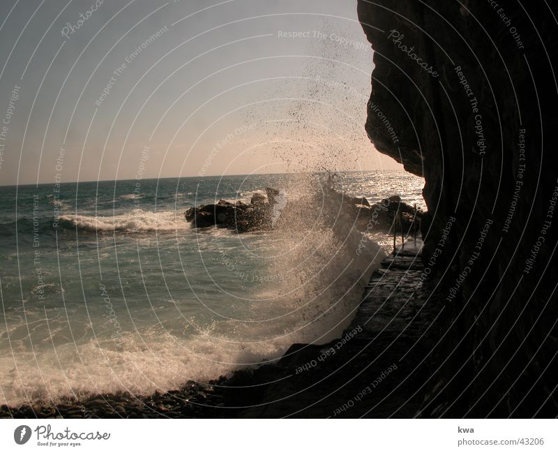 RIOMAGGIORE Surf Cinque Terre