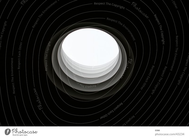 Window Architecture Round Middle Hollow Copy Space Vista Center point Bright spot Wormhole Rose window Dark background