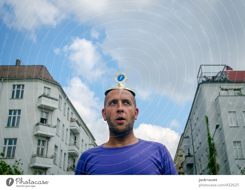 Human being Sky Man Summer Clouds House (Residential Structure) Joy Window Adults Facade Authentic Perspective T-shirt Balcony Stress Terrace
