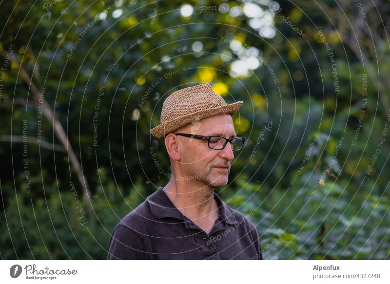Man with hat in the green | Parktour HH 21 Only one man portrait Face of a man 1 Person Adults Human being Facial hair balance balancing act Head Colour photo