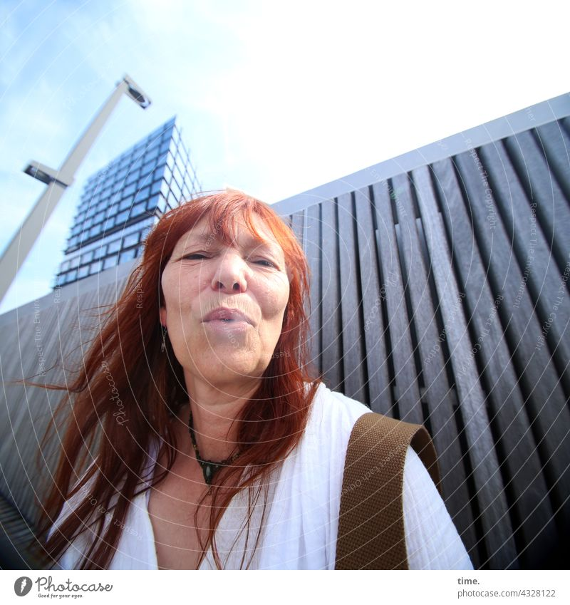 ParkTourHH21 | Smoke Signals Smoking Woman Red-haired Shirt High-rise Lamp Wall (building) portrait Long-haired
