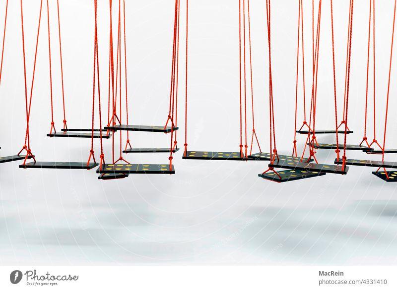 Dominoschaukel Abwesenheit Dominosteine Einfachheit Entspannung Erholung Farbaufnahme Fotografie Niemand Konzeptfoto Schaukel Schaukeln Seil Sitzfläche
