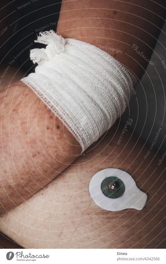 Electrocardiogram II Man Stethoscope Equipment tool Medical treatment investigation Diagnosis ECG electrodes ekg load Ekg Resting ECG Long-term ECG