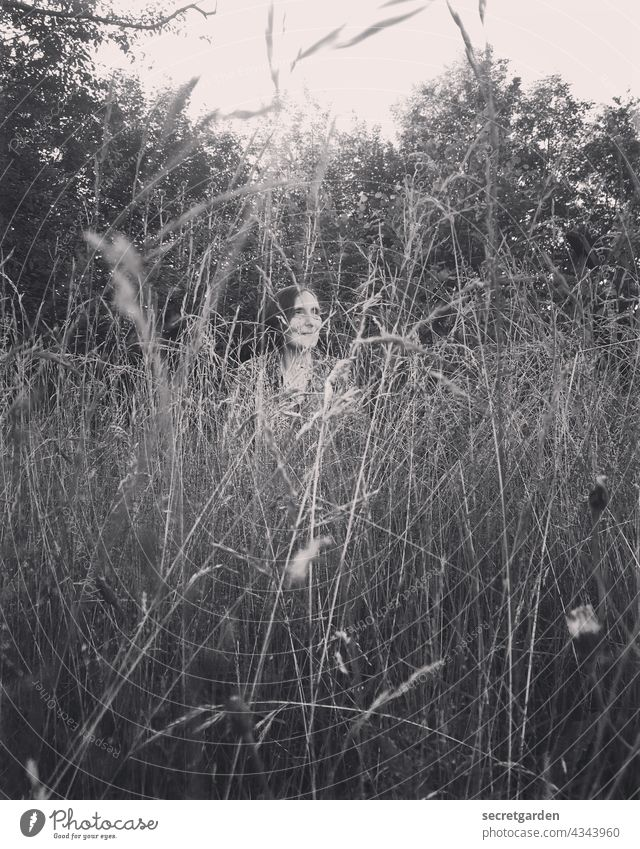 [PARKTOUR HH 2021] It's still growing. search Grass Garden Monochrome Hide Nature Woman Exterior shot Meadow Plant Summer Day Park grasses Smiling