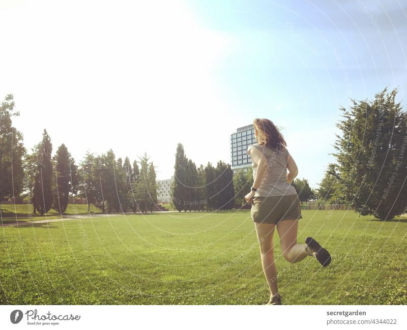 [PARKTOUR HH 2021] Off into the sunrise! Walking Jogging Sunrise Sunlight Dawn Bright Red-haired Summer fun Lawn Park Far-off places trees Sky Blue Green Nature
