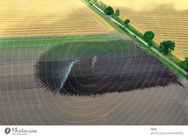 Irrigation - green thumb ART REGEN Water Landscape Agriculture acre fields off the beaten track aridity Aerial photograph droning Downward Green thumb