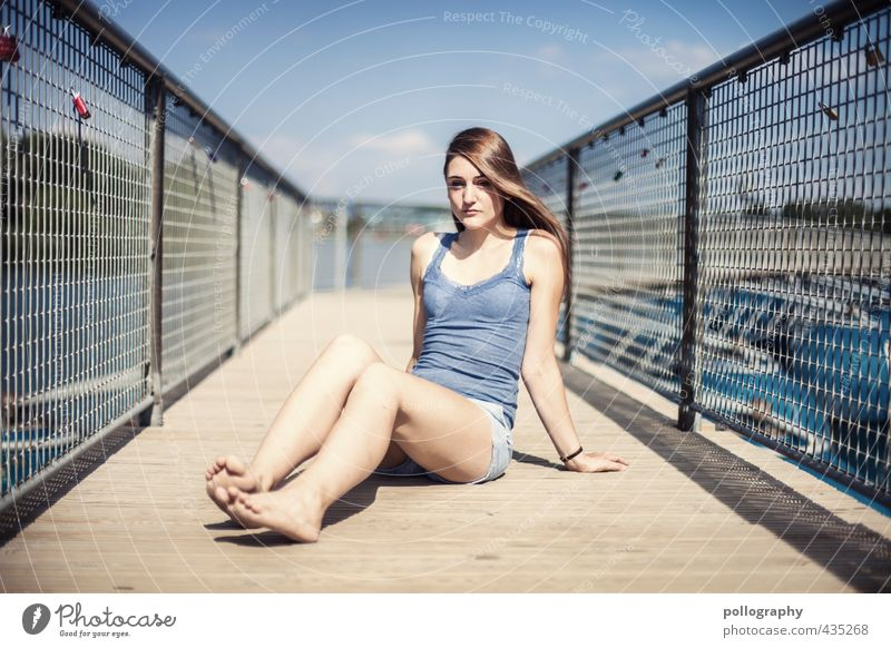 the last summerdays Human being Feminine Young woman Youth (Young adults) Woman Adults Life Body 1 18 - 30 years Nature Summer Beautiful weather Lakeside Pond
