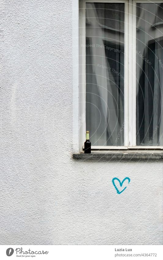Still life in the middle of the city Still Life Window Graffiti Heart Love Emotions Wall (building) Wall (barrier) Infatuation Romance Characters Exterior shot