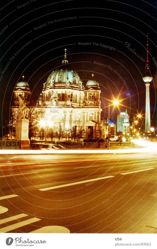 tourist photo Berlin Cathedral Long exposure Night Architecture Movement luminous flux Street Berlin TV Tower