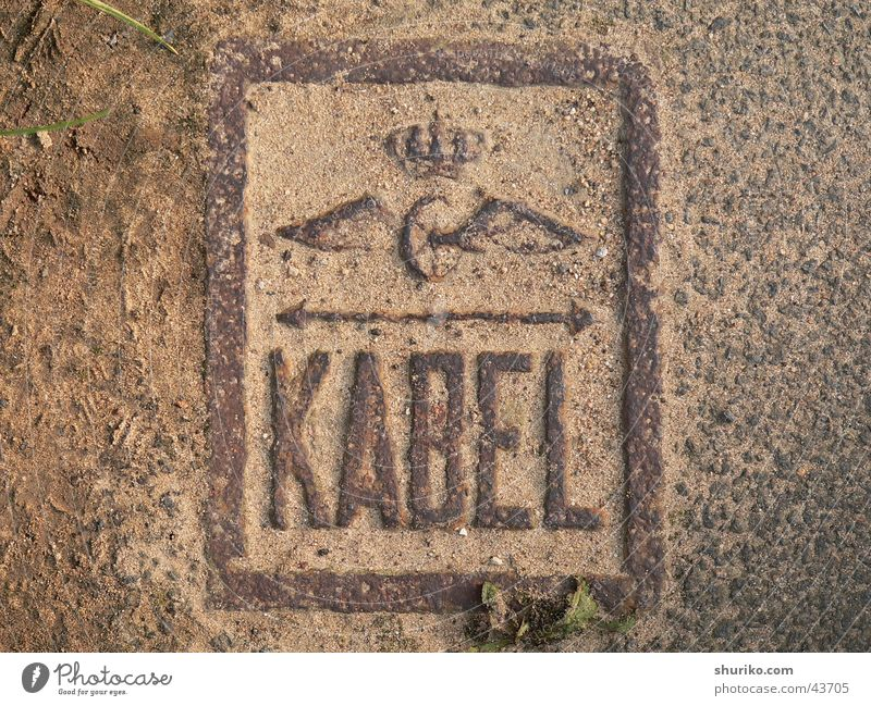 [::kabel:::] Cast iron Asphalt Coat of arms Landmark Electricity Tar Germania Summer Industry Rust Floor covering Cable Omen Germany germny Arrow db Railroad et