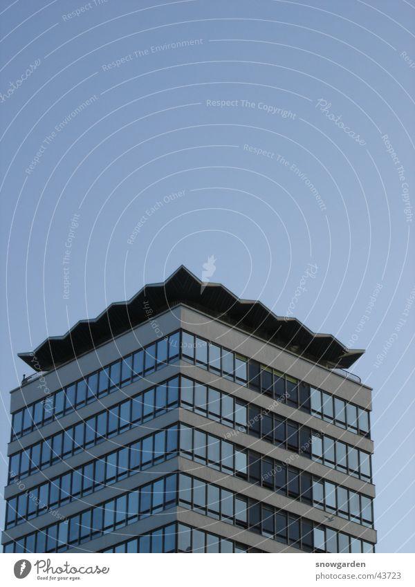 Sky Blue Window Architecture High-rise Free Seagull Zigzag Dublin