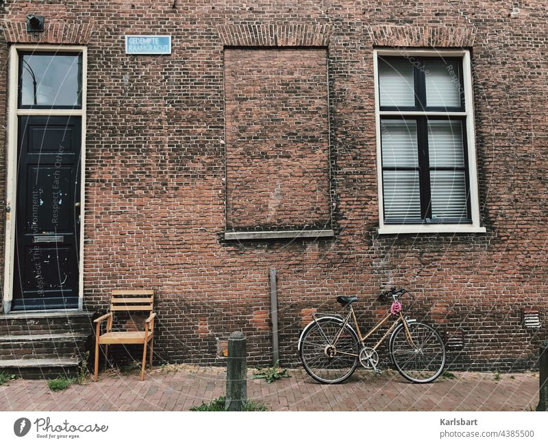 prospect real estate Real estate market House (Residential Structure) Building Deserted Architecture Window Manmade structures Living or residing Facade Town
