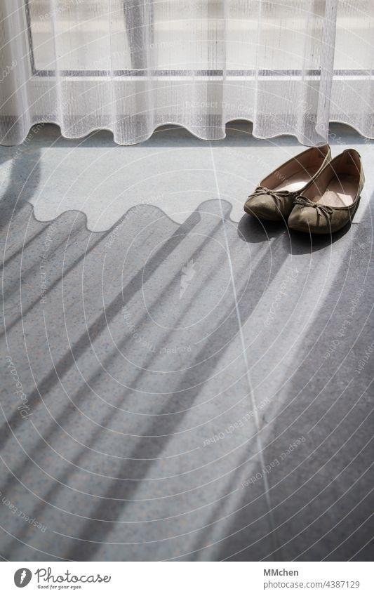 Curtain curtain and shoes with shadows on the floor Footwear ballerinas Drape Shadow Light Sunlight Window Interior shot Living or residing Calm