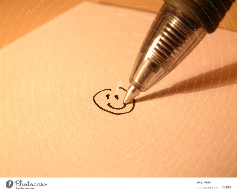 Smile! Smiley Pen Macro (Extreme close-up) Close-up Laughter Painting (action, work)
