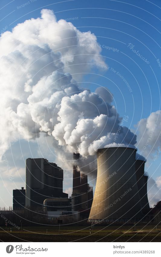 Climate killer lignite. Lignite-fired power plant with high CO2 emissions in the Rhenish mining area Lignite power plant Emission Cooling towers Climate change