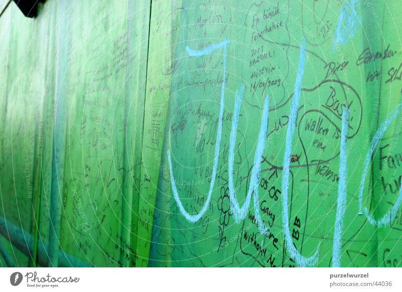 Wall (building) Characters Trade fair Exhibition Declaration of love Eternalized Leverkusen