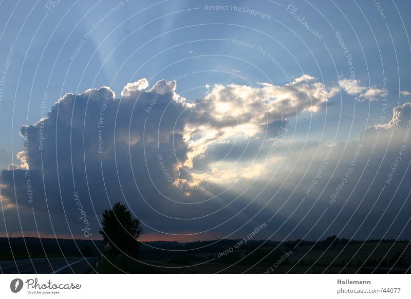 Sky Sun Clouds Rain Moody Weather Horizon Romance Lightning Radiation Thunder and lightning Storm Beam of light Hail