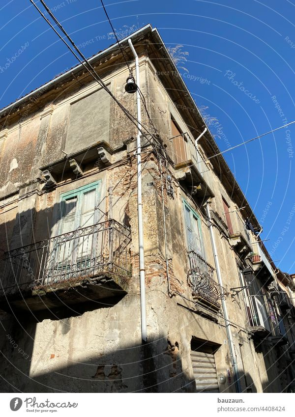old town. Old town old town charm Historic Architecture Facade Building House (Residential Structure) Manmade structures Exterior shot Colour photo Town