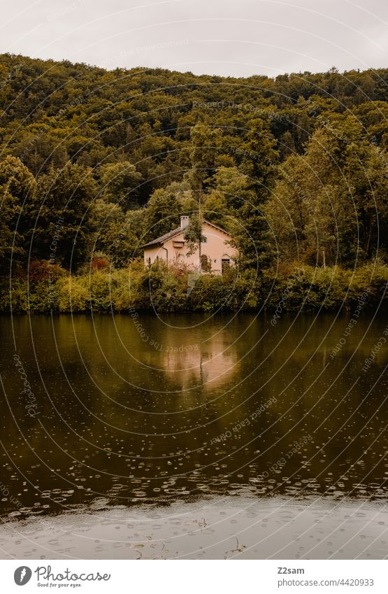 Zoolhaus at the Altmühl in the rain customs house River Altmühl Valley Water Body of water Rain summer rain reflection Idyll trees Green Nature Landscape