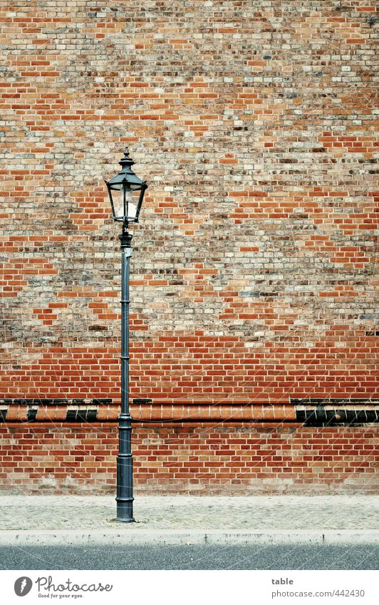 City Old Red Loneliness House (Residential Structure) Black Street Wall (building) Architecture Berlin Building Wall (barrier) Gray Stone Lamp Facade