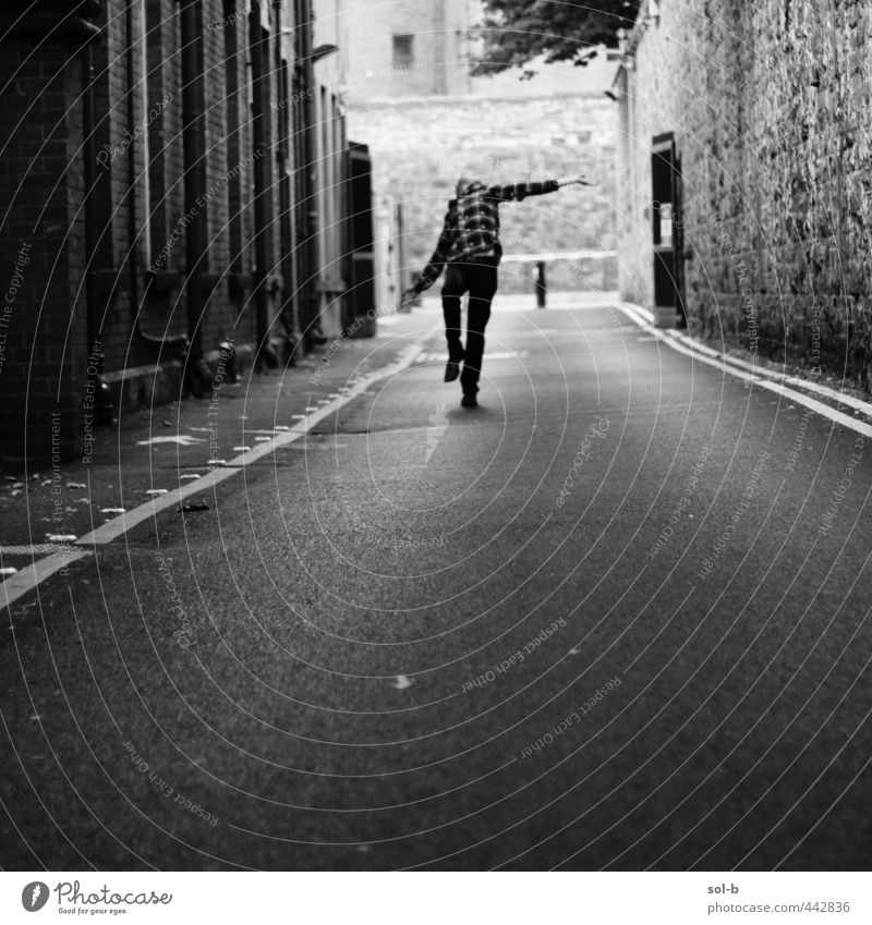 zombie dance Masculine Young man Youth (Young adults) 1 Human being 18 - 30 years Adults Town Building Wall (barrier) Wall (building) Street Lanes & trails Dark