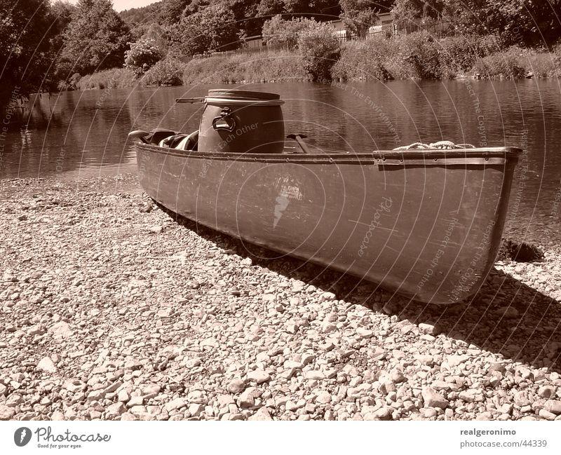 mobile erkanum Canoe Watercraft Fishing boat Navigation River sepian