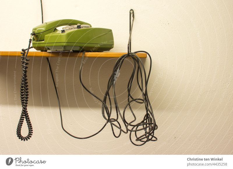Busy | so the handset is on-hook again Telephone green phone dial telephone Retro Colours retro style Old Receiver Analog Nostalgia Communicate Rotary dial