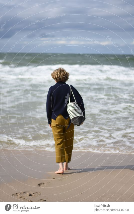 SEA - AUTUMN - BAREFOOT - SYLT Ocean vacation time-out tranquillity Waves Relaxation Nature Vacation & Travel Exterior shot Beach Water Far-off places Tourism