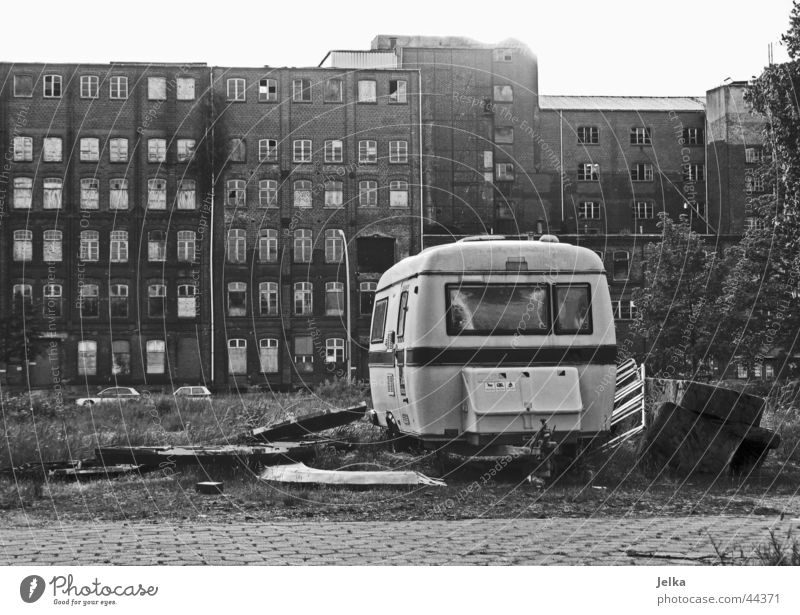 Old Loneliness House (Residential Structure) Architecture Flat (apartment) Dirty Poverty Retro Industrial Photography Trash Camping Ruin Laws and Regulations Netherlands Ghetto Caravan