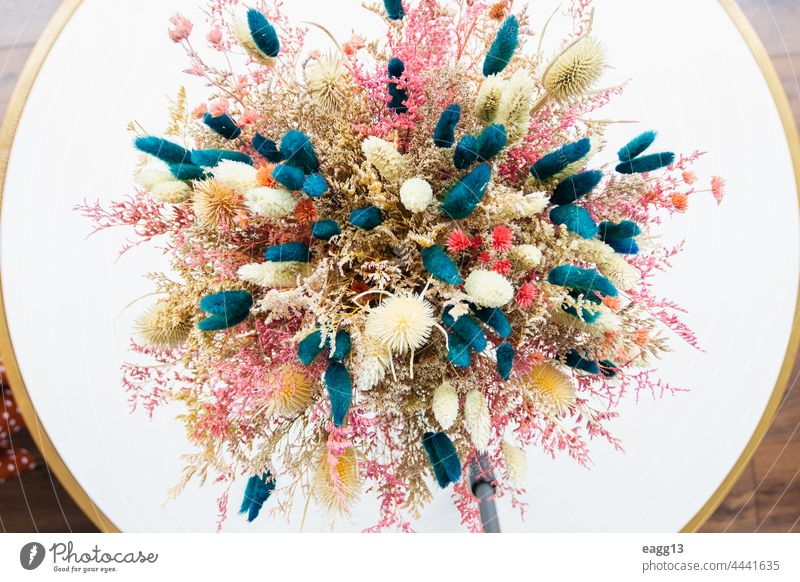 Beautiful dehydrated flower arrangement abstract aged beauty bouquet close-up colored colourful colours contour daisies daisy decorating decoration decorative