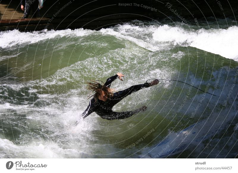 The Eisbach is merciless Munich Brook Waves Surfing Dangerous Safety Wet Sudden fall To fall Sports EOS babatunde Water River Threat Collateralization