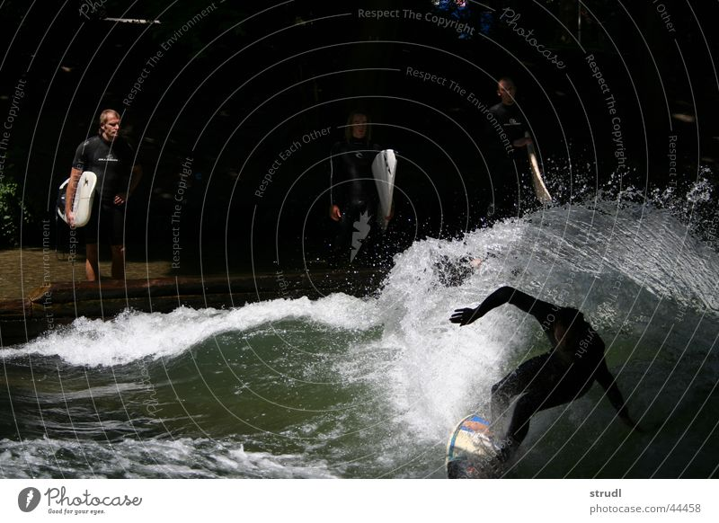 Water Sports Waves Wet Dangerous River Threat Munich Surfing Brook Inject The Englischer Garten Eisbach