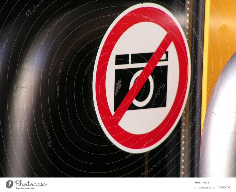 Photography Signs and labeling Industry Camera Label Bans Take a photo