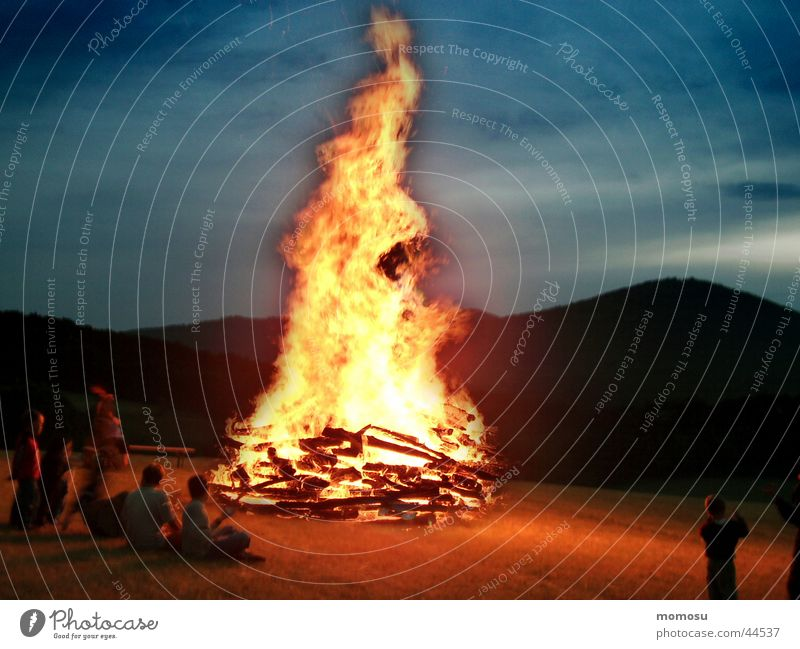 at the solstice Federal State of Lower Austria Leisure and hobbies Blaze Summer solstice solstice fire Tradition