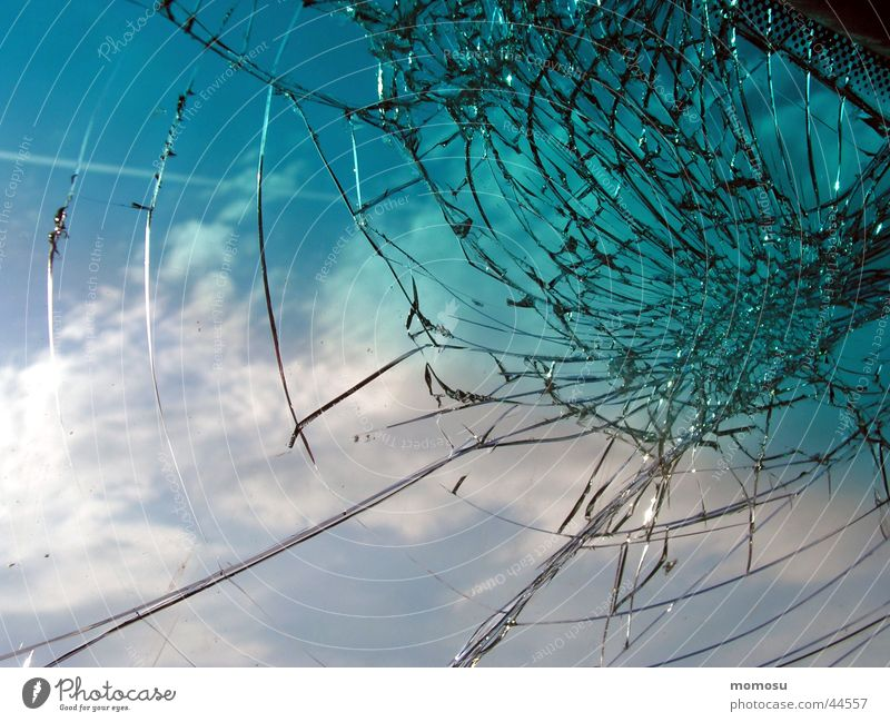 Sky Window Car Star (Symbol) Broken Obscure Window pane Accident Windscreen Rockfall