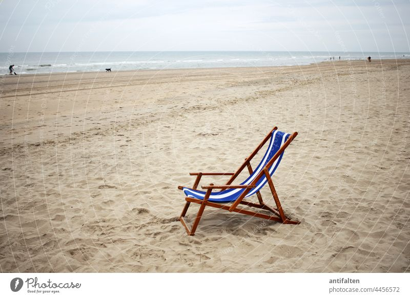 Please take a seat Ocean North Sea Horizon Water Sky Blue Exterior shot Colour photo Waves coast Nature Landscape Beach Vacation & Travel Far-off places Day