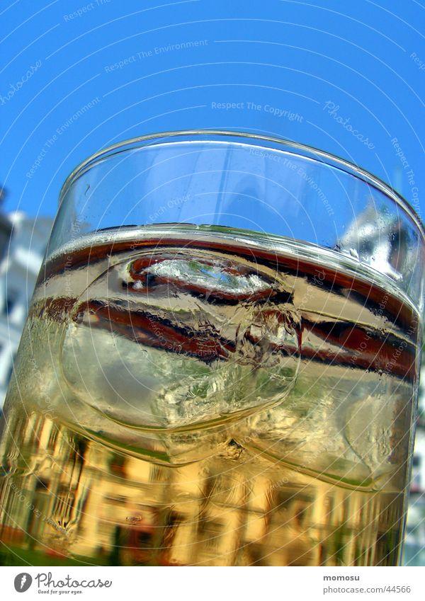 Sky Building Glass Beverage Alcoholic drinks Vienna Ice cube Iced tea