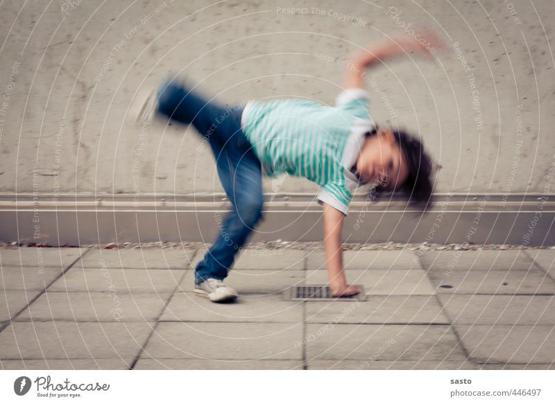 little breakdancer Joy Sports Child Boy (child) Infancy Life 1 Human being 3 - 8 years Dance Movement Athletic Authentic Brash Happiness Town Enthusiasm Passion