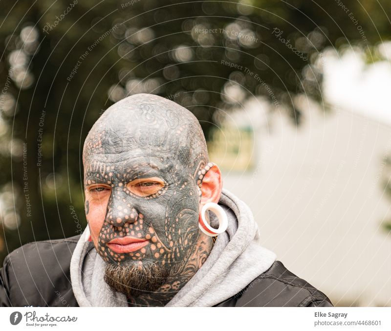 Face Tattoo Extreme Young man portrait Adults Exterior shot Shallow depth of field Looking into the camera