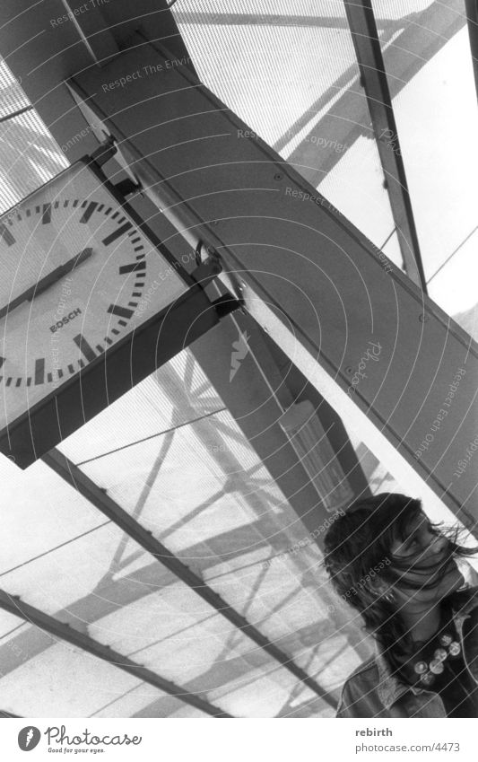 timeout Date Schedule (transport) Stress Woman Train station Haste