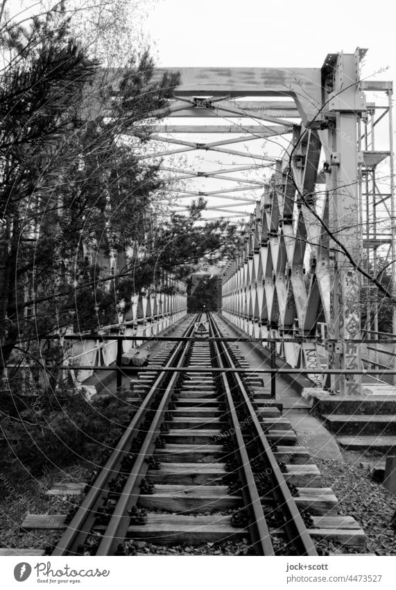 lost truss bridge between the time Bridge railway line Architecture Railway bridge Traffic infrastructure lost places Railroad tracks Structures and shapes