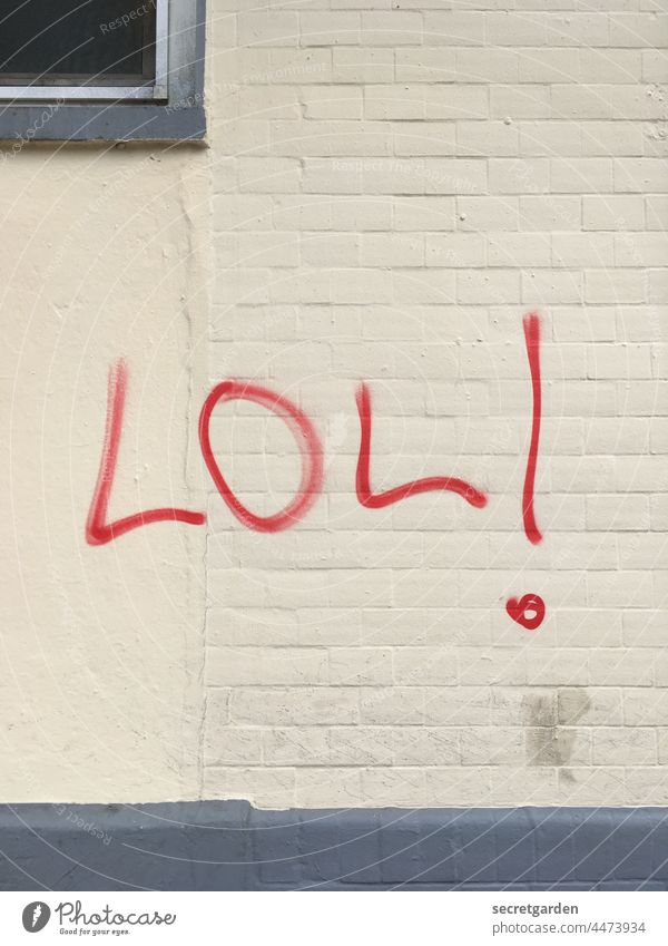 Old fashioned with exclamation mark lol Graffiti Wall (building) Daub house wall Town Exclamation mark Characters Wall (barrier) Facade Letters (alphabet)